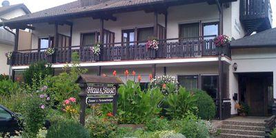 Ferienhaus Stein / Gästehaus Rosi u. Ferienwohnungen in Bad Krozingen