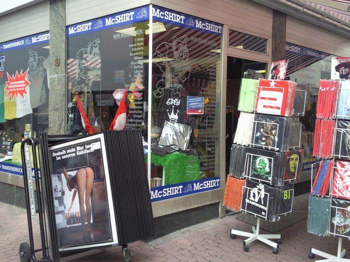 bilder und fotos zu mc shirt einzelhandel in mainz lotharstra e. Black Bedroom Furniture Sets. Home Design Ideas