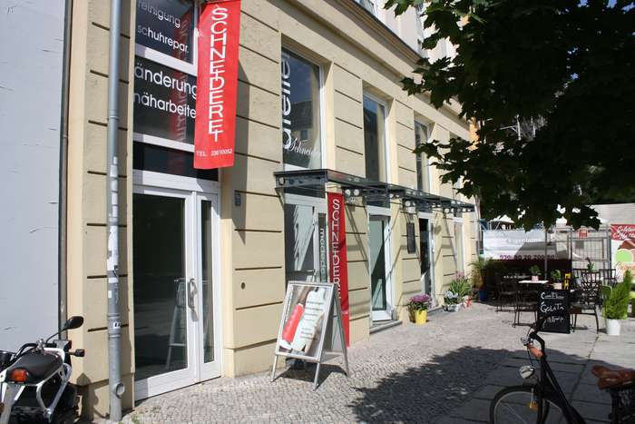 schneideratelier hackescher markt anna tittel 4 bewertungen berlin mitte max beer str. Black Bedroom Furniture Sets. Home Design Ideas