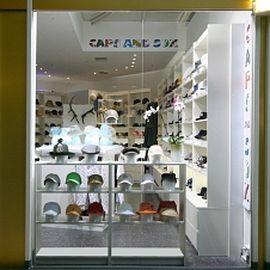 CAPS AND SOX - Lifestyle für Deinen Kopf in Berlin