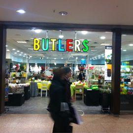 Bilder und fotos zu butlers hamburg alstertal for Butlers hamburg