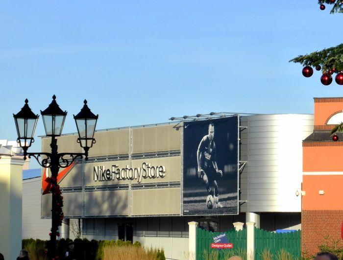 on sale c7bce 78b03 Nike Factory Store Outlet - 3 Bewertungen - Wustermark Elsta
