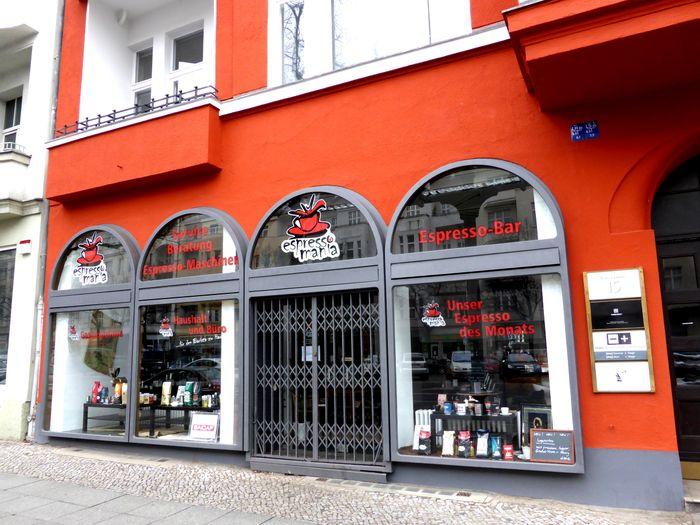 bilder und fotos zu cantina siciliana in berlin kaiserdamm. Black Bedroom Furniture Sets. Home Design Ideas