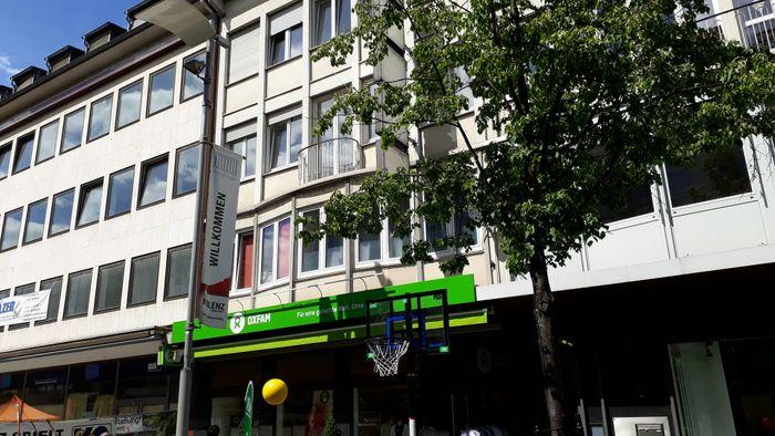 oxfam shop 1 foto koblenz am rhein altstadt schlo str golocal. Black Bedroom Furniture Sets. Home Design Ideas
