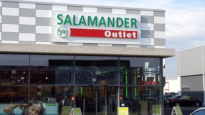 bewertung f r salamander outlet von 05andrew12. Black Bedroom Furniture Sets. Home Design Ideas