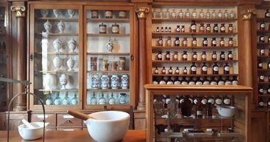 Touristinformation Schwanen-Apotheken-Museum in Bad Münstereifel