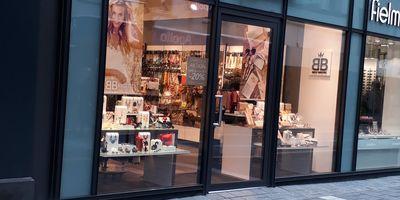 Bijou Brigitte modische Accessoires AG in Neuwied