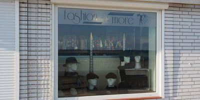 Fashion & More in Grömitz
