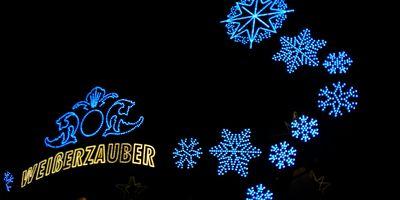 Weihnachtsmarkt am Jungfernstieg in Hamburg
