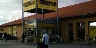 Netto Deutschland - schwarz-gelber Discounter mit dem Scottie in Demmin