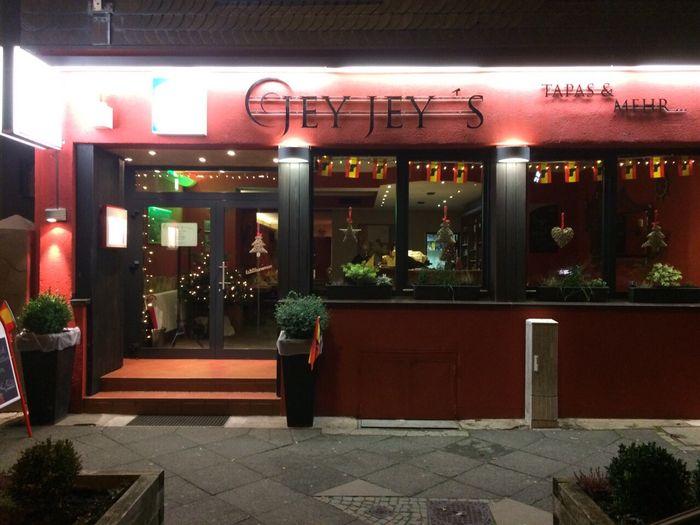 bilder und fotos zu jey jey s tapas mehr spanisches restaurant in wuppertal aue. Black Bedroom Furniture Sets. Home Design Ideas