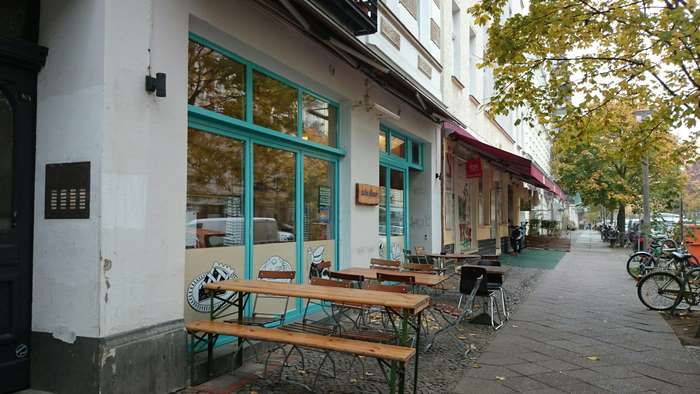 nalu diner 77 bewertungen berlin prenzlauer berg dunckerstr golocal. Black Bedroom Furniture Sets. Home Design Ideas