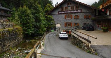 Alte Wurzhütte in Schliersee