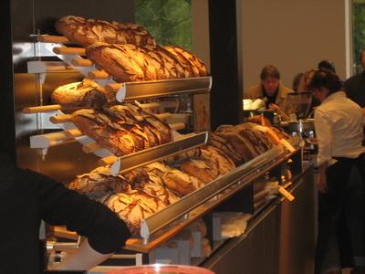 4705bcf41870fc Brot  amp  Butter Terrasse Brückenstraße - Köln (diese Information stammt  von GoLocal)