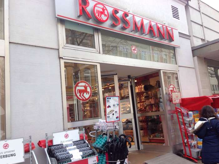 rossmann drogeriem rkte 1 foto hameln innenstadt bahnhofstr golocal. Black Bedroom Furniture Sets. Home Design Ideas