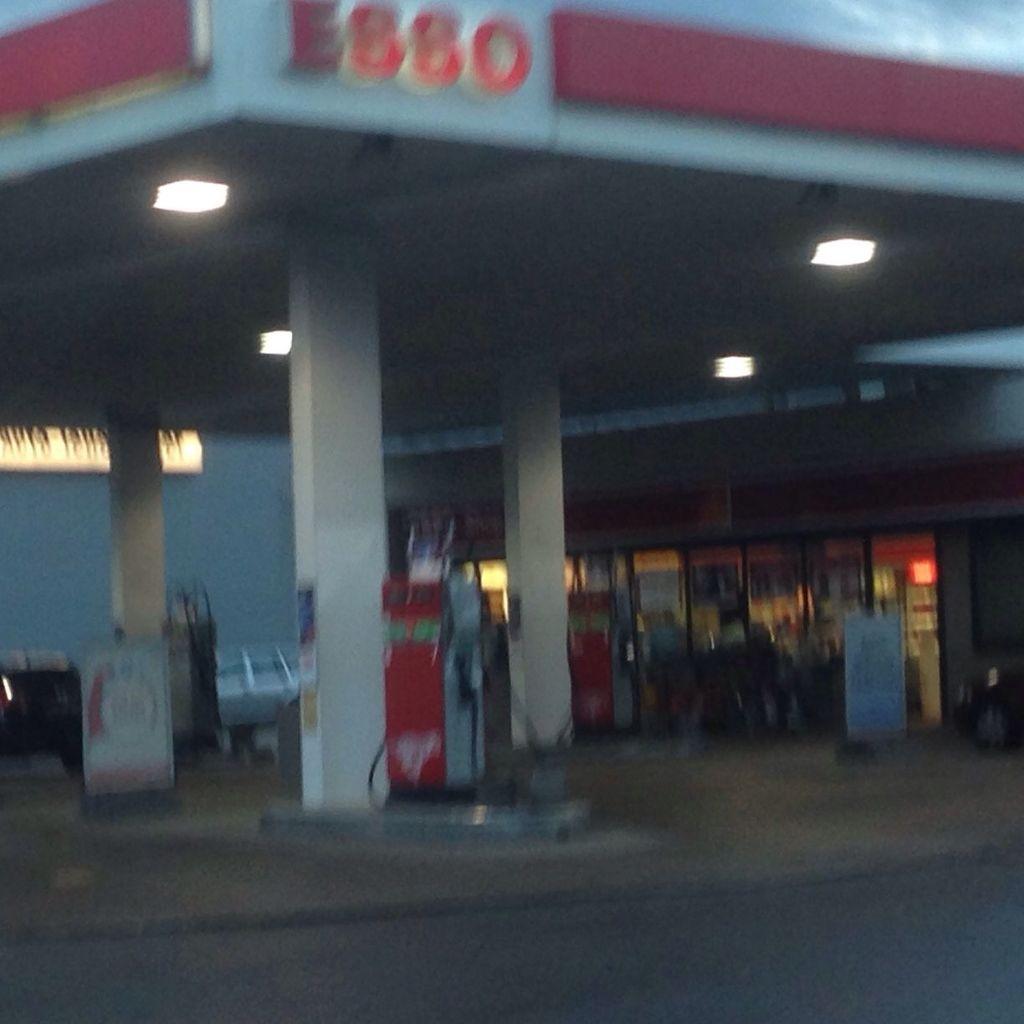 Nutzerfoto 1 ESSO Tankstelle