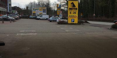 Netto Deutschland - schwarz-gelber Discounter mit dem Scottie in Wismar