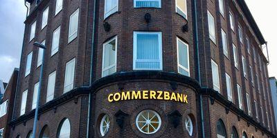 Commerzbank AG Filiale Emden in Emden