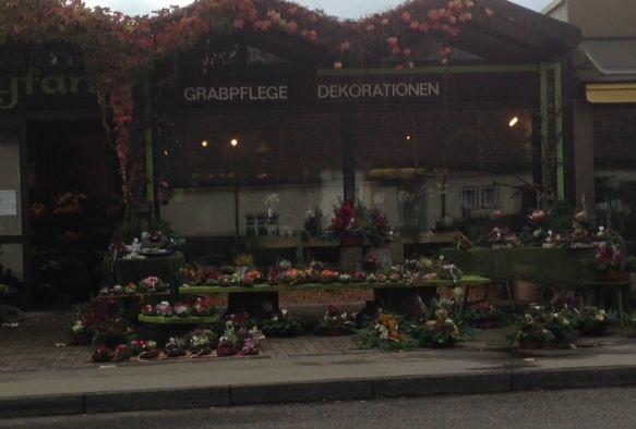 Blumen Zeyfang a. Hauptfriedhof in Stuttgart ⇒ in Das Örtliche