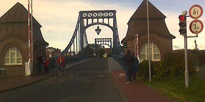 Brückenwärter Kaiser-Wilhelm-Brücke in Wilhelmshaven
