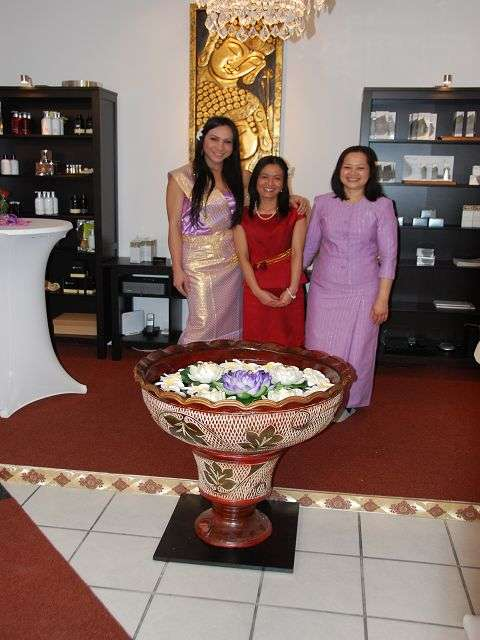 nuttiges outfit thai massage wiesbaden michelsberg