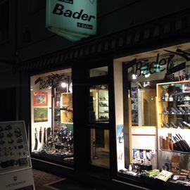 Bader Stephan, Franz Bader & Sohn Waffen Munition Angelgeräte Stahlwaren in Hanau