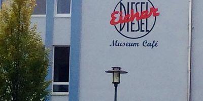 Eicher Museum und Cafe in Forstern in Oberbayern