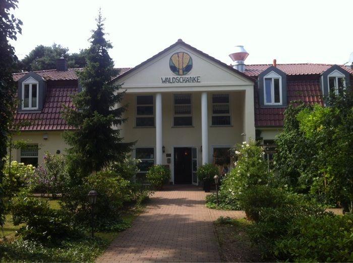 Waldschänke Hotel & Restaurant Hohenwarthe - 1 Bewertung - Möser ...
