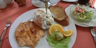 "Restaurant Montenegro"" Vojislav Brdan in Bosau"