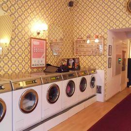 Freddy Leck sein Waschsalon in Berlin