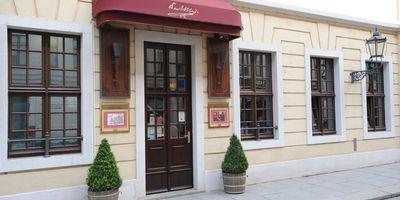 Karl May Bar im Kempinski Dresden in Dresden