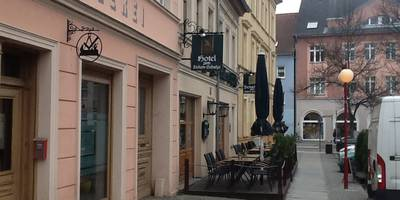 "Hotel & Gasthof ""Zum Zickenschulze"" in Bernau bei Berlin"