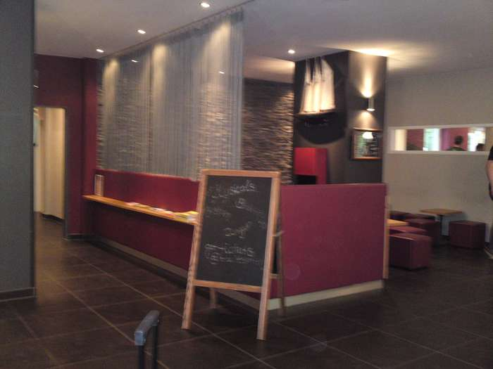 meininger 10 hamburg gmbh city hostels hotels 4 bewertungen hamburg altona nord. Black Bedroom Furniture Sets. Home Design Ideas
