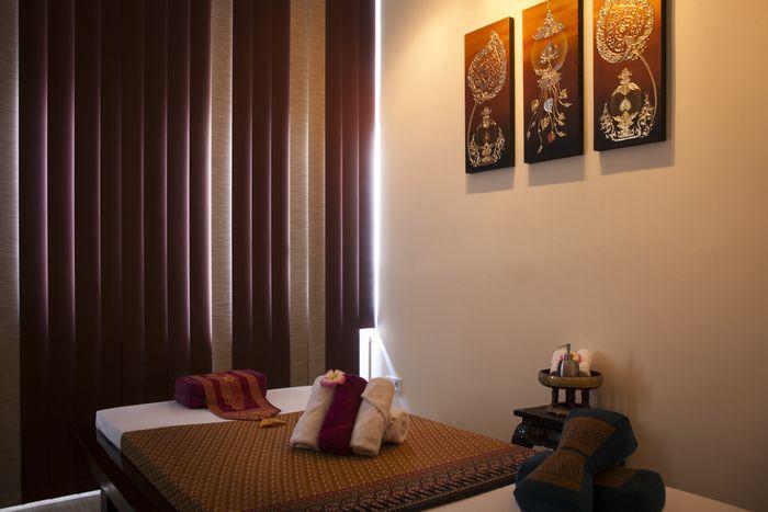 areeya thaimassage 30 bewertungen berlin charlottenburg otto suhr allee golocal. Black Bedroom Furniture Sets. Home Design Ideas