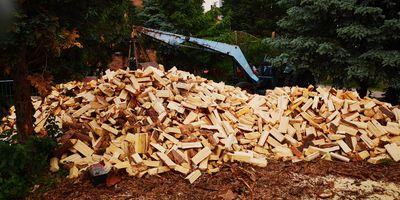 Heizöl - Kohle - Holz Brennstoffhandel Miersch in Coswig