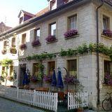 Zum Goldenen Ochsen Besitzer Familie Oehler in Sommerhausen