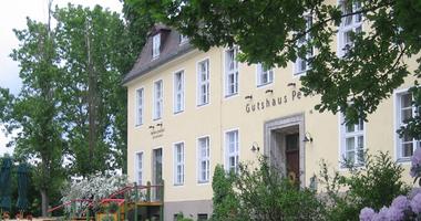 Gutshaus Petkus Familien- und Freizeithotel in Baruth in der Mark