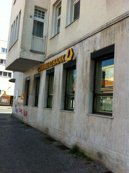 commerzbank tempelhofer damm öffnungszeiten