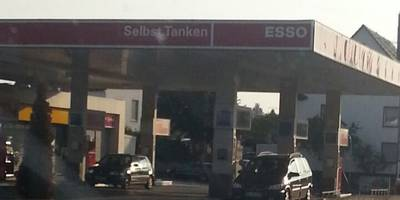 Esso Tankstelle R. Merz in Villingen-Schwenningen