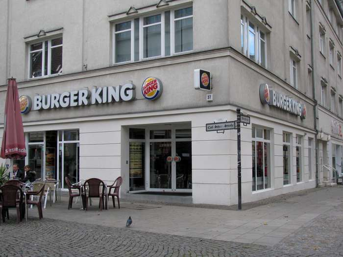 bilder und fotos zu burger king spandau in spandau stadt berlin carl schurz str. Black Bedroom Furniture Sets. Home Design Ideas