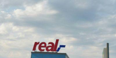 real,- SB-Warenhaus in Sankt Tönis Stadt Tönisvorst