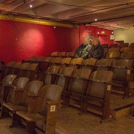 theater und so fort