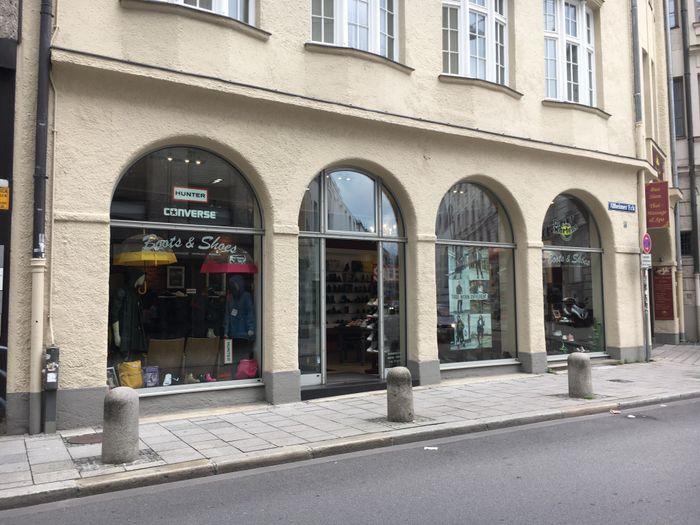 wholesale dealer ddeb3 2fca6 Gute Boote in München | golocal