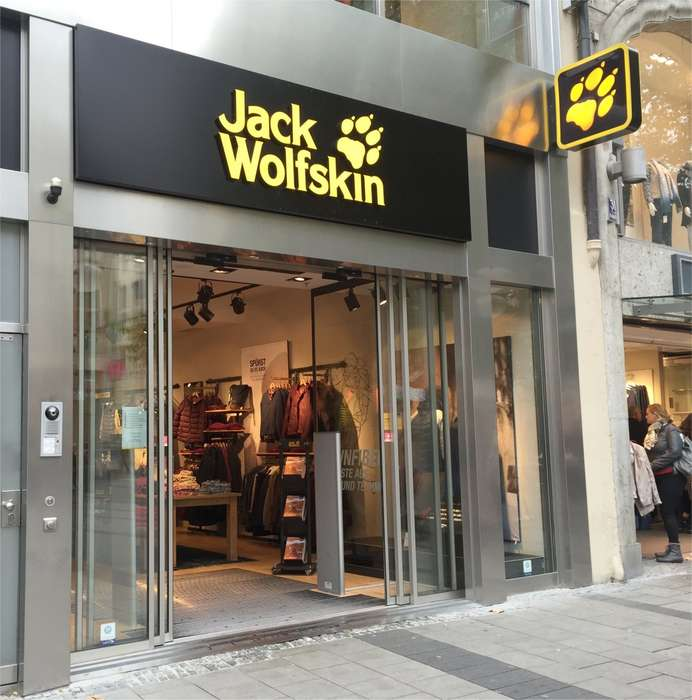 Jack Wolfskin Store in München ⇒ in Das Örtliche