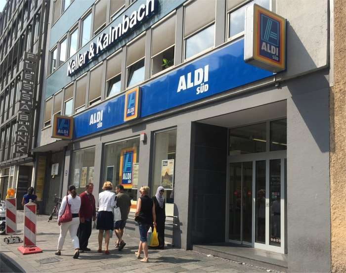 teppich aldi sd staubsauger vom discounter aldi sd im test der eio topo watt eco kompakt mit. Black Bedroom Furniture Sets. Home Design Ideas
