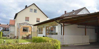 Hack E. Gardinen und Bodenbeläge in Adelsdorf in Mittelfranken