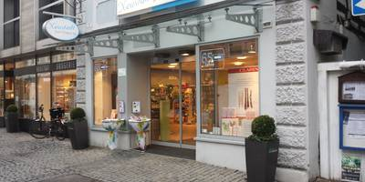 Neustadt Parfümerie, Kosmetik, Schmuck in Ansbach