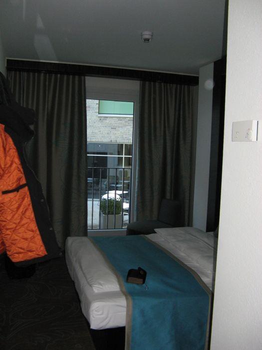bilder und fotos zu motel one hamburg am michel in hamburg. Black Bedroom Furniture Sets. Home Design Ideas