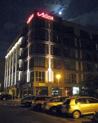 adina apartement hotel berlin 1 bewertung berlin mitte krausenstr golocal. Black Bedroom Furniture Sets. Home Design Ideas