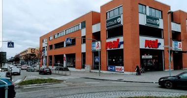 real,- SB-Warenhaus in Scharnhauser Park Stadt Ostfildern